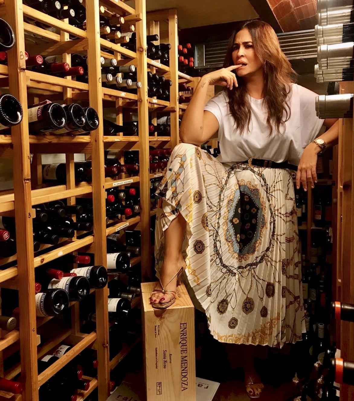81741ac49 Vicky Martín Berrocal triunfa en Instagram con una falda de Zara ...