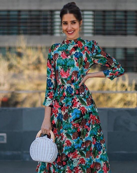 eedb188ee5 Una famosa influencer elige su vestido perfecto para ir de boda