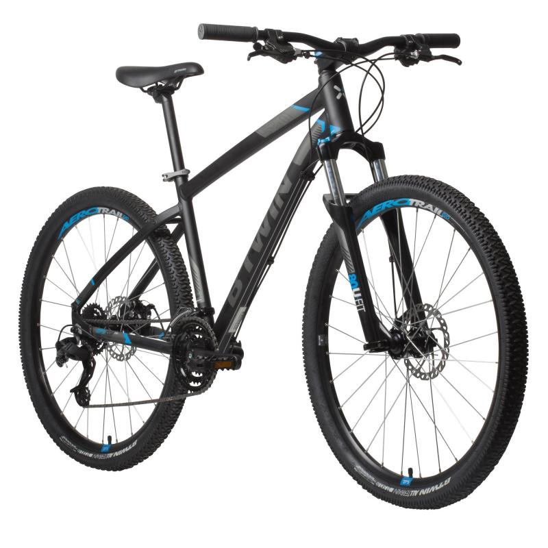 c908187d1 Las ruedas de esta bicicleta que encontramos en el catálogo de Decathlon  son de 27.5 pulgadas. Cuenta con frenos de disco mecánicos y hasta 24  velocidades.