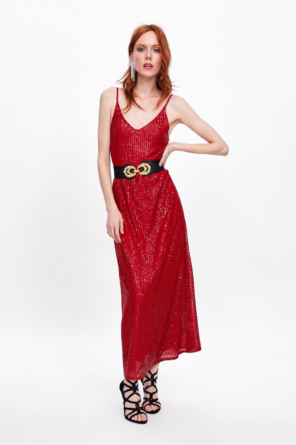 112fb269 Normalmente, según apuntan desde portales especializados, este tipo de  vestidos suele alcanzar los 70 euros. Sin embargo, en la web de Zara estará  ...